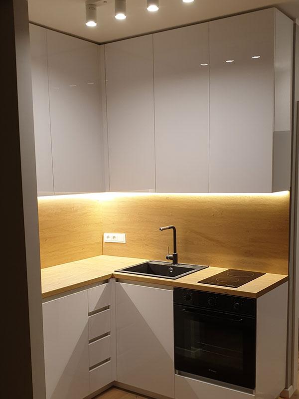 Modernūs Virtuvės baldai